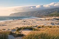 Tramonto alla spiaggia di Guincho Fotografia Stock