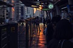 Tramonto alla stazione di Chongnonsri BTS Fotografia Stock