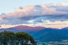 Tramonto in alpi australiane - paesaggio Fotografie Stock Libere da Diritti