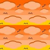 Tramonto arancio con il modello senza cuciture variopinto delle nuvole Immagine Stock Libera da Diritti