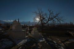 Tramonto aspettante al palazzo di Shey, Leh immagine stock