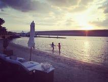Tramonto blu di Marlin Ibiza UAE fotografie stock