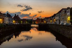 Tramonto a Bruges belgium fotografia stock