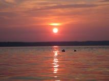 Tramonto calmo della spiaggia fotografie stock libere da diritti