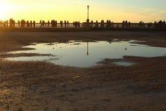 Tramonto con il mare nei precedenti Fotografia Stock Libera da Diritti