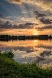 Tramonto dal lago II fotografia stock libera da diritti