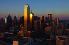 Tramonto a Dallas del centro Immagini Stock Libere da Diritti