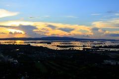 Tramonto del fiume di Mandalay Irrawaddy, Myanmar fotografia stock libera da diritti