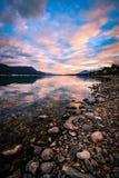 Tramonto del lago columbia, Columbia Britannica, Canada fotografia stock