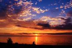 Tramonto del lago Erie fotografie stock