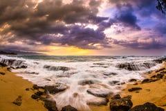 Tramonto del nord delle Hawai della riva Fotografie Stock Libere da Diritti