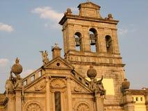 Tramonto dell'estremità della chiesa di Nossa Senhora da Graca ad Evora nell'Alentejo, Portogallo fotografia stock libera da diritti