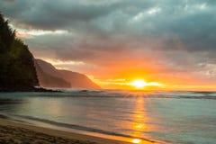 Tramonto della costa del Na Pali Fotografie Stock