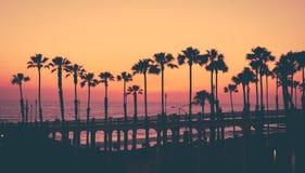 Tramonto della spiaggia di California fotografie stock libere da diritti