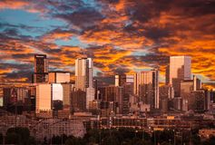Tramonto in Denver Colorado fotografia stock libera da diritti