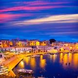 Tramonto di Calasfonts Cales Fonts Port in Mahon a Balearics Fotografia Stock Libera da Diritti