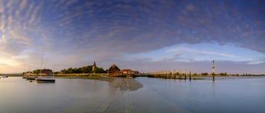 Tramonto di estate a Bosham Quay, West Sussex, Regno Unito fotografia stock libera da diritti