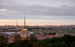 Tramonto di estate a St Petersburg Fotografia Stock