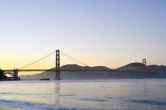 Tramonto di golden gate bridge Immagini Stock Libere da Diritti