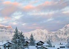 Tramonto di inverno in alpi Fotografia Stock