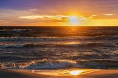 Tramonto di sera sopra il Mar Baltico latvia Fotografia Stock