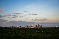 Tramonto di trascuratezza di paesaggio urbano dell'orizzonte di Austin il Texas Immagine Stock Libera da Diritti