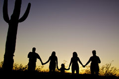 Tramonto di unità della famiglia Fotografia Stock Libera da Diritti