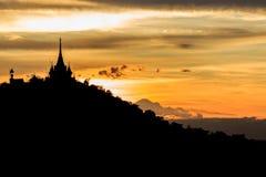 Tramonto dietro la pagoda Fotografie Stock Libere da Diritti