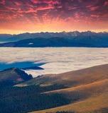 Tramonto drammatico di estate nelle alpi della dolomia Immagini Stock Libere da Diritti