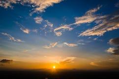 Tramonto e cielo blu Fotografia Stock Libera da Diritti