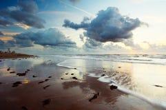 Tramonto ed oceano Fotografia Stock Libera da Diritti