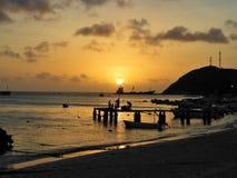 Tramonto fantastico nel mare caraibico fotografie stock libere da diritti