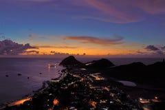 Tramonto fantastico nel mare caraibico fotografia stock