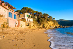 Tramonto a Forno, baia di Biodola, isola dell'Elba. Immagini Stock Libere da Diritti