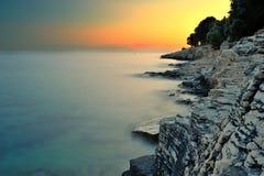 Tramonto giallo in Croazia Fotografia Stock Libera da Diritti
