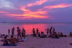Tramonto Koh Phangan Thailand di Zen Beach immagini stock