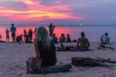 Tramonto Koh Phangan Thailand di Zen Beach fotografia stock