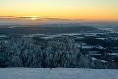 Tramonto a Kozakov nell'inverno Fotografie Stock Libere da Diritti