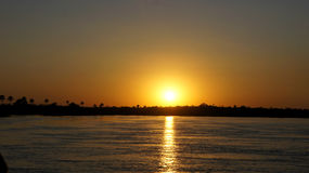 Tramonto magnifico sul fiume Zambezi Fotografia Stock