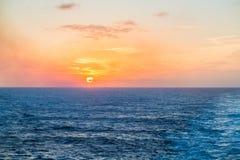 Tramonto in mare Immagini Stock Libere da Diritti