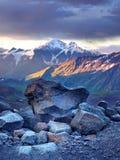Tramonto in montagna Fotografie Stock Libere da Diritti