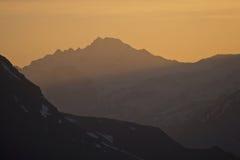 Tramonto in montagne Immagine Stock Libera da Diritti