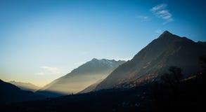 Tramonto in montagne vicino a Scena, Tirolo del sud dell'alpe Immagini Stock