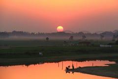 Tramonto, Myanmar Immagini Stock