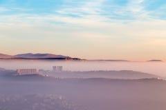 Tramonto nebbioso nella baia di Trieste Immagini Stock Libere da Diritti
