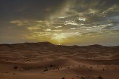 Tramonto nel deserto marocchino Immagine Stock