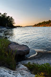 Tramonto nell'arcipelago di Stoccolma immagini stock libere da diritti