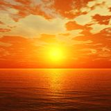 Tramonto nell'oceano, l'alba sopra il mare, la luce sopra il mare immagini stock libere da diritti