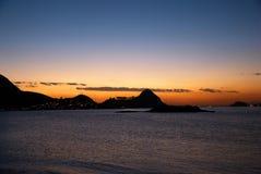 Tramonto nella baia di Guanabara fotografia stock