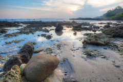Tramonto nella spiaggia Fotografia Stock